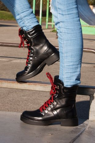 GRACIE Black Biker Boot With Red Laces