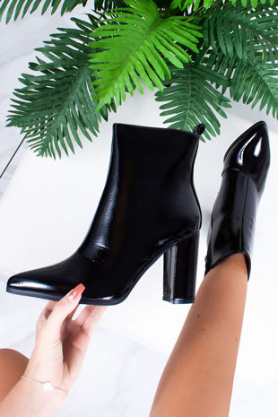 VIVIE Black Pointed Toe Heeled Ankle Boots