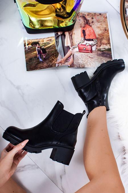 KRISTEN Black Chelsea Boots