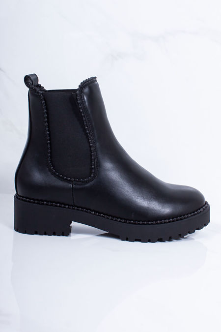 ROBYN Black Chelsea Boots With Black Stud Detail