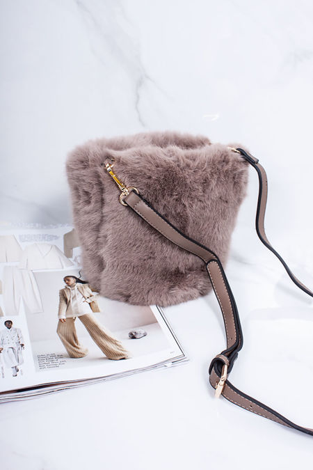 ISABELLA Mocha Faux Fur Bucket Bag